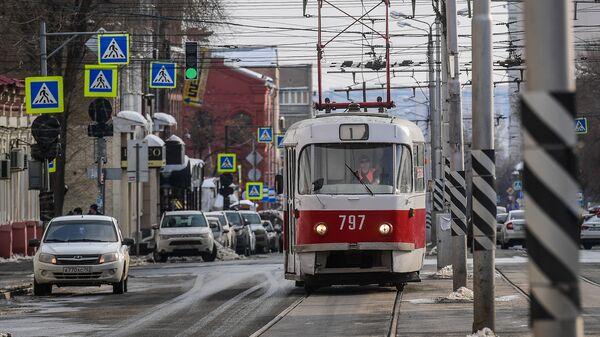 Трамвай на улице в Самаре