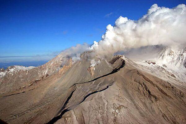 Вулкан Шивелуч.Архивное фото