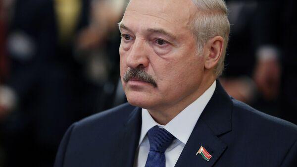 Президент Республики Беларуссии Александр Лукашенко во время встречи в Кишиневе с президентом Молдавии Игорем Додоном. 18 апреля 2018