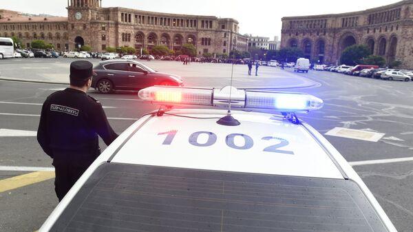 Полицейская машина в Армении