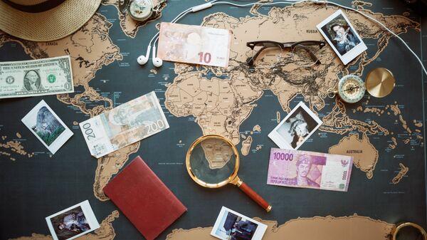 Карта, деньги и вещи в путешествии