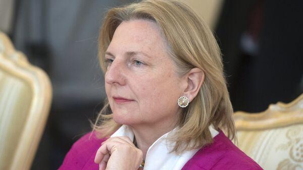 Министр европейских, интеграционных и иностранных дел Австрии Карин Кнайсль во время встречи с Сергеем Лавровым. 20 апреля 2018