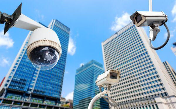 Чем умнее – тем страшнее: глобальная безопасность и тотальная слежка