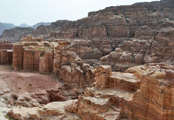 Развалины древнего города Петра в Иордании