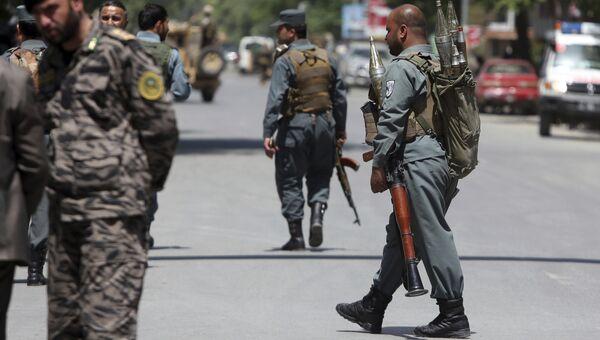 Сотрудники безопасности в центре Кабула. Архивное фото