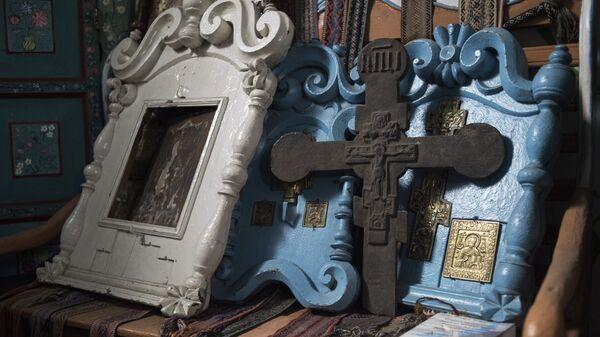 Экспонаты музея материальной культуры старообрядцев Забайкалья в Бурятии