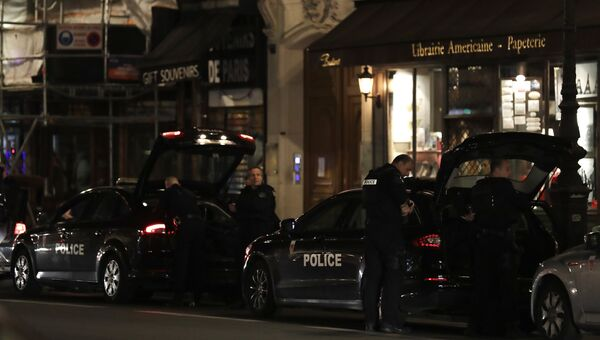 Нападение на прохожих в центре Парижа, Франция. Архивное фото
