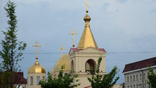 Церковь Архангела Михаила в центре Грозного, в которой четверо боевиков пытались захватить прихожан в качестве заложников. 19 мая 2018