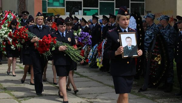 Церемония прощания с Владимиром Горсковым в селе Нижняя Банновка в Красноармейском районе Саратовской области. 21 мая 2018