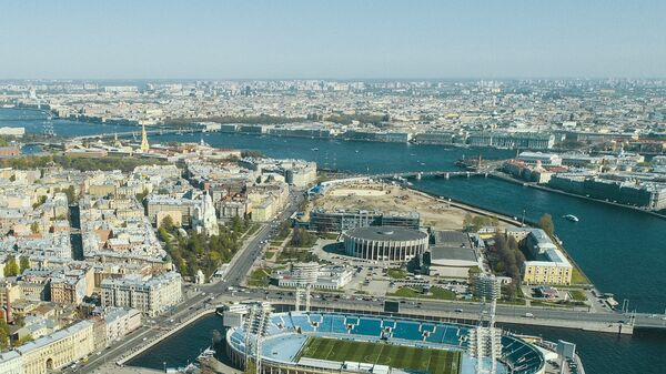 Вид на Санкт-Петербург. На переднем плане Стадион Петровский