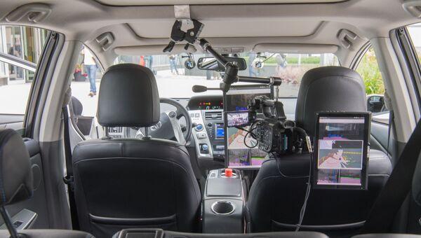 Кабина действующего прототипа беспилотного автомобиля в московском офисе отечественной ИТ-компании Яндекс. Архивное фото