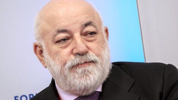 Президент Фонда Сколково Виктор Вексельберг на Петербургском международном экономическом форуме. 25 мая 2018