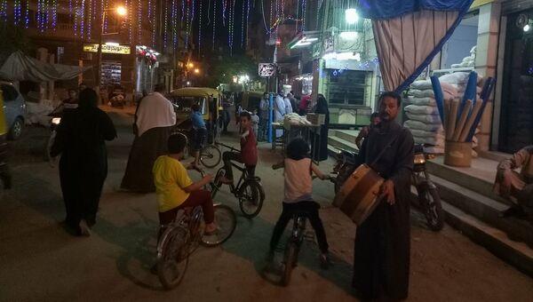 Мусаххирати на улице города Заказик, Египет