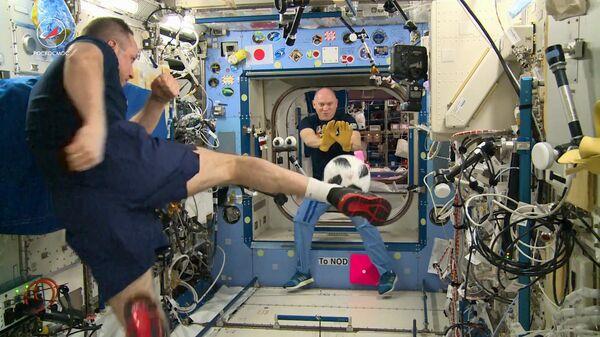 Космонавт рассказал, в какой день на МКС запрещено заниматься спортом - РИА  Новости, 27.08.2020