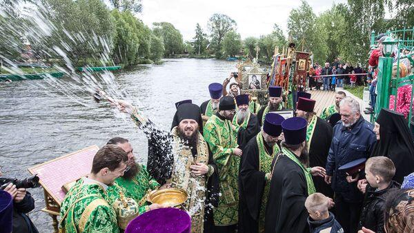 Участники Крестного Хода в Переславле-Залесском. 1 июня 2018