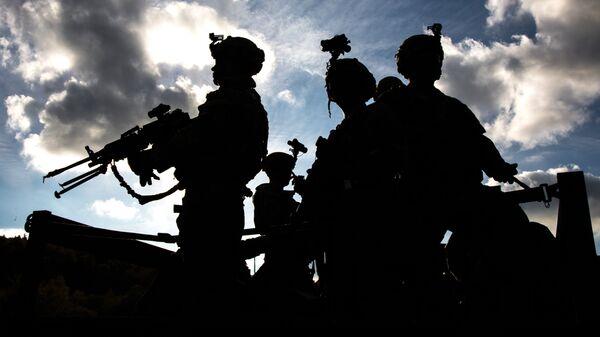 Военнослужащие армии США во время совместных учений войск НАТО Swift Response 2017 в Германии. Октябрь 2017