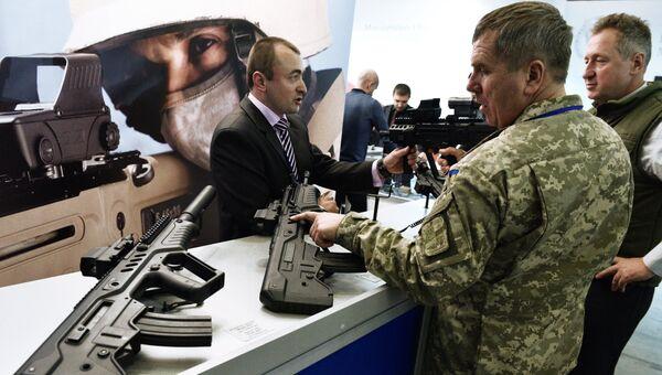 Огнестрельное оружие на выставке в Киеве