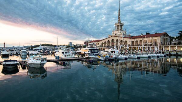 Морской вокзал в Сочи. Архивное фото