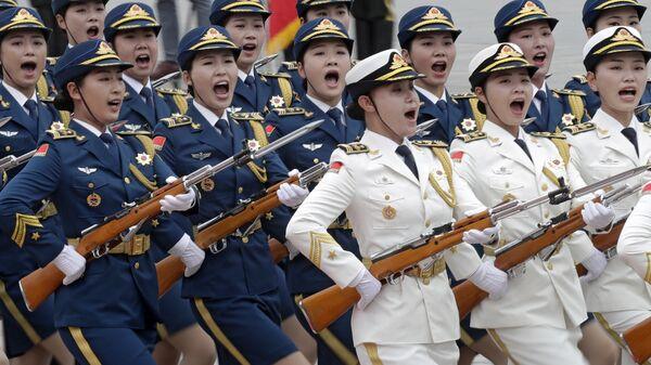Женский почетный караул в Китае