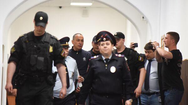 Глава Серпуховского муниципального района Московской области Александр Шестун в Басманном суде Москвы. 20 июня 2018