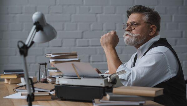 Многие пенсионеры продолжают работать