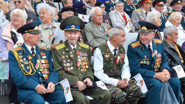 Ветераны Великой отечественной войны на параде в Минске