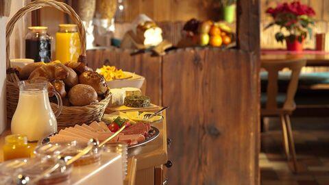 Завтрак по системе шведский стол