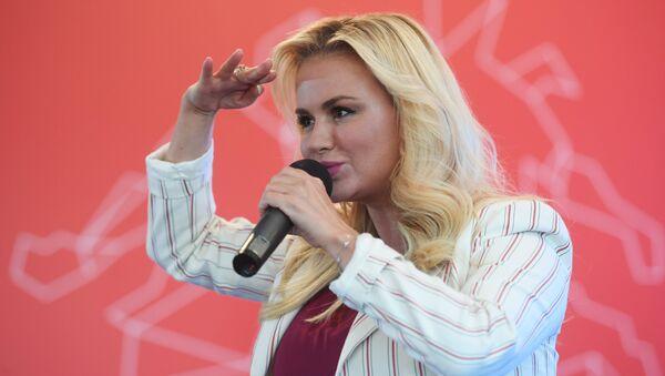 Певица Анна Семенович. Архивное фото
