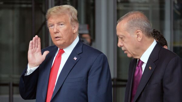 Дональд Трамп и президент Турции Реджеп Тайип Эрдоган на саммите стран — участниц НАТО в Брюсселе. 11 июля 2018