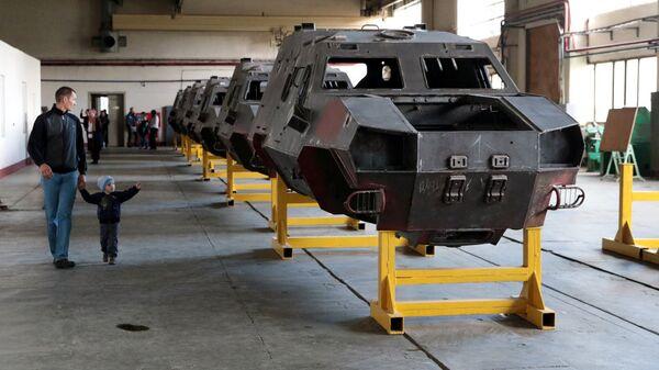 Цех по производству бронетранспортеров на Львовском бронетанковом заводе