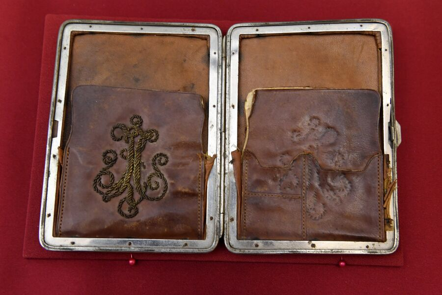 Портмоне (предмет находился среди вещей Алапаевских мучеников) в музее святой царской семьи в Екатеринбурге