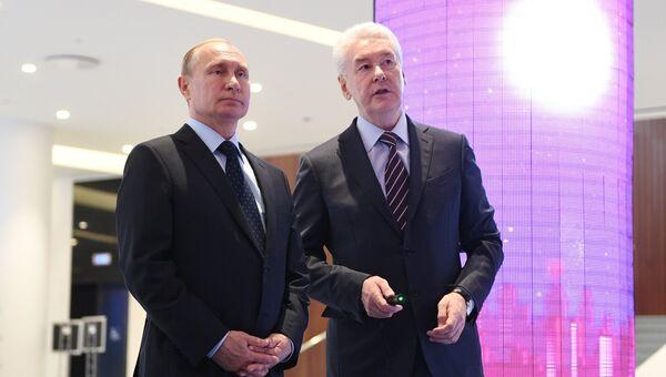 Президент РФ Владимир Путин и мэр Москвы Сергей Собянин, архивное фото