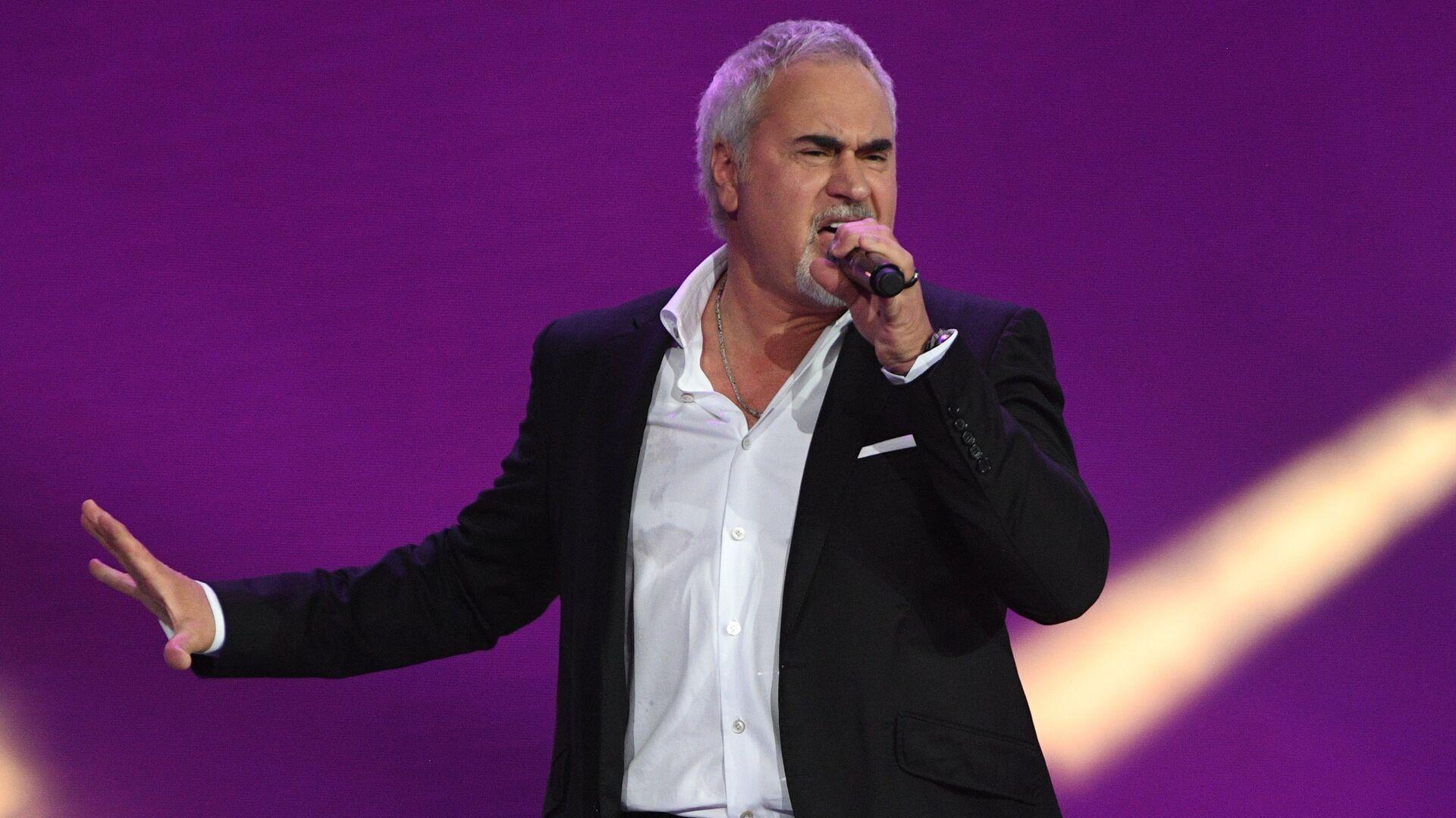 Меладзе объяснил свои слова о бойкоте съемок в новогодних передачах