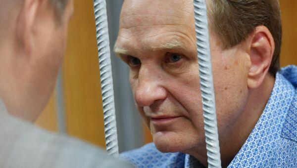 Бывший первый заместитель главы МЧС РФ генерал-полковник Сергей Шляков, обвиняемый в мошенничестве, в Тверском суде Москвы. Архивное фото