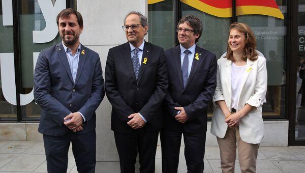 Президент Женералитета Каталонии Ким Торра и экс-глава женералитета Каталонии Карлес Пучдемон. Архивное фото