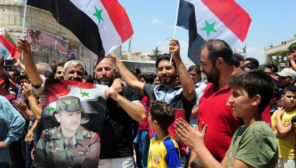 Митинг по случаю освобождения от террористов в городе Массифра