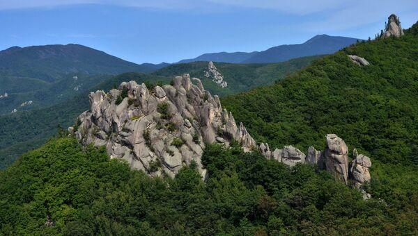 Природный скальный парк Парк Драконов. Лазовский район, Приморский край