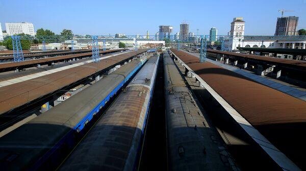 Центральный железнодорожный вокзал в Киеве. Архивное фото