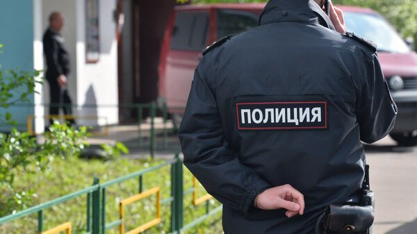 Сотрудник полиции на месте преступления