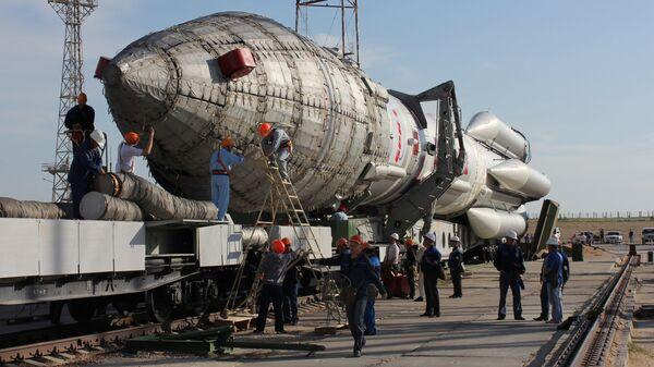 Вывоз ракеты Протон-М. Архивное фото
