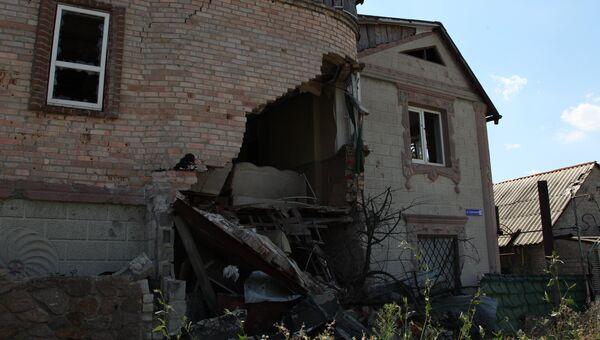 Разрушенный дом в поселке Веселое. Архивное фото
