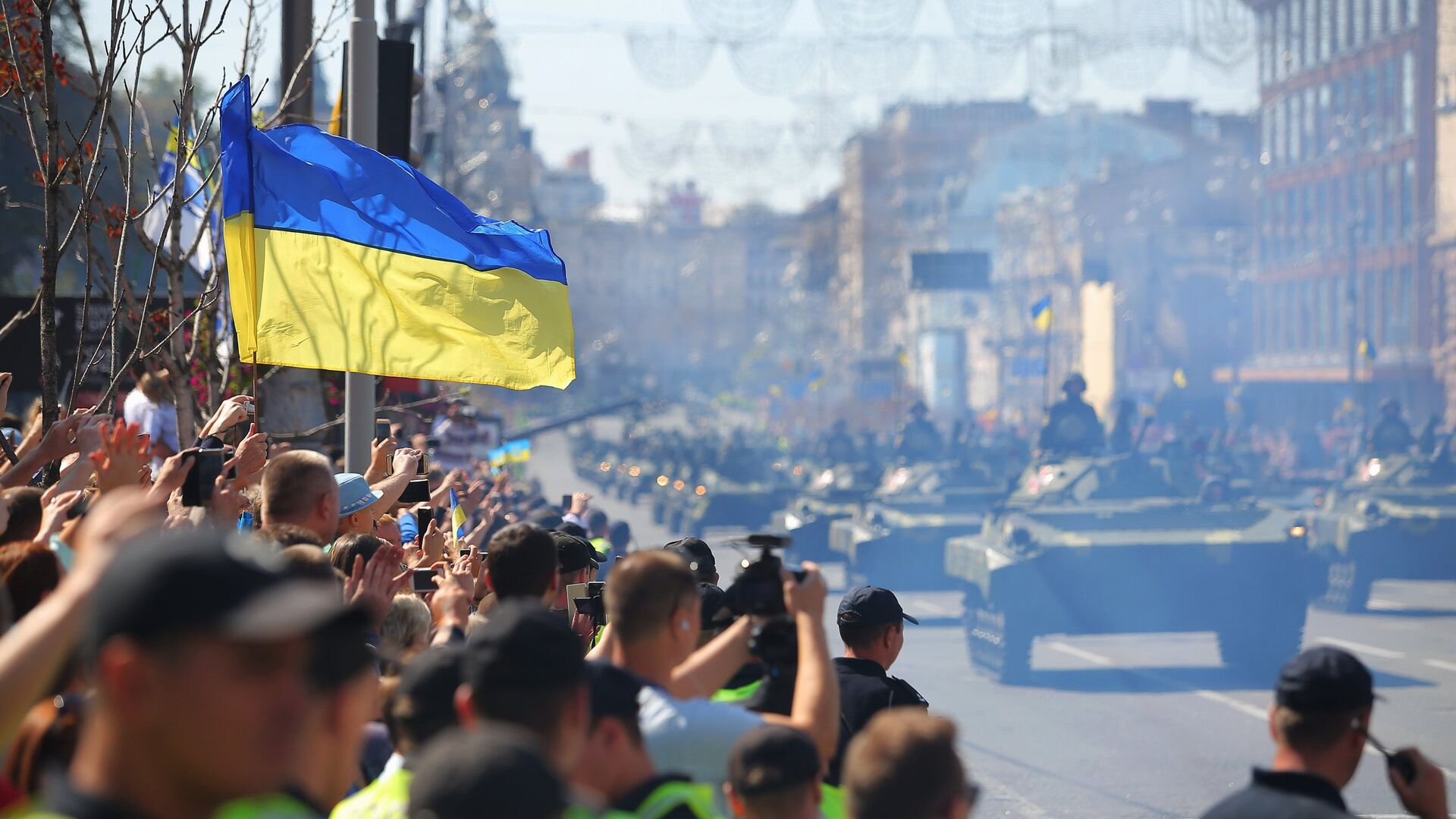 Военный парад в Киеве по случаю Дня независимости Украины - РИА Новости, 1920, 19.08.2021