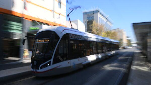 Трамвай на Лесной улице
