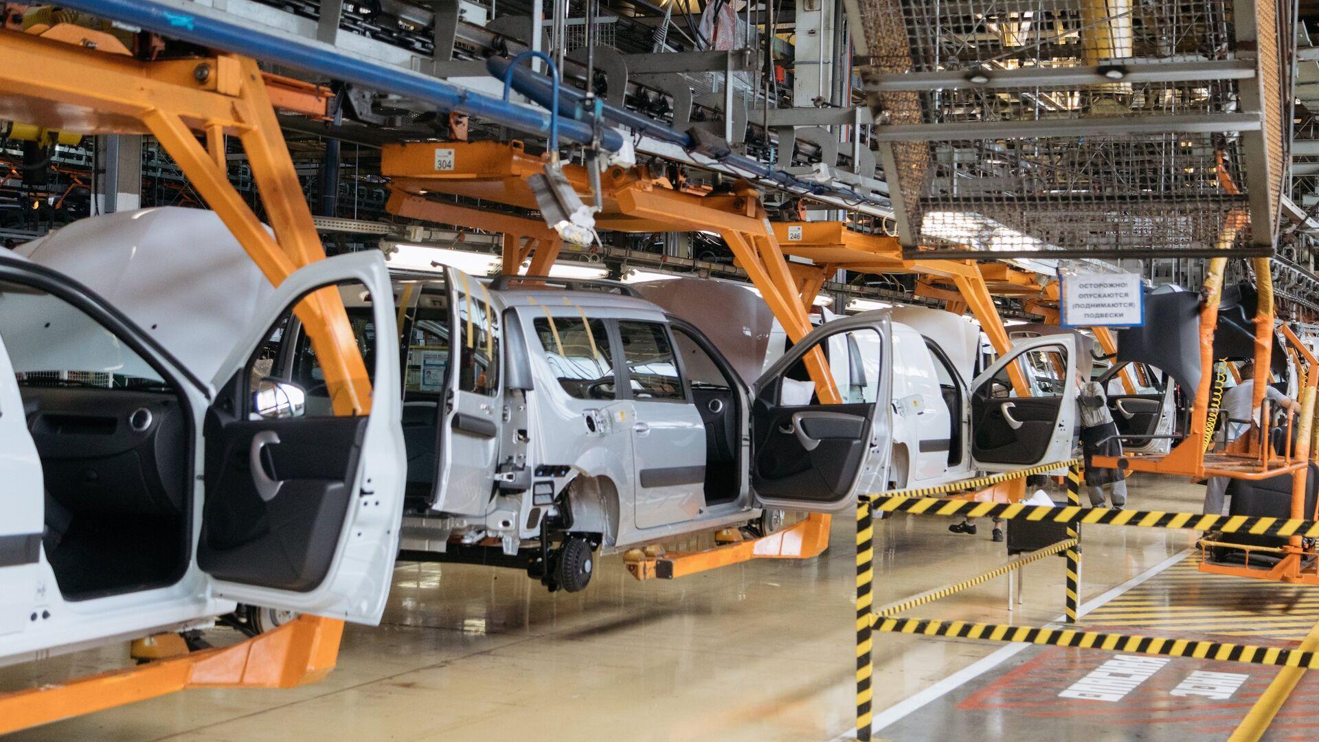 """Продажи """"АвтоВАЗа"""" в России в ноябре обновили месячный рекорд за семь лет"""