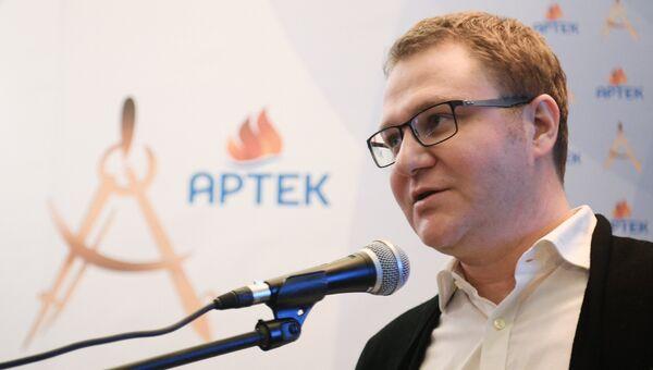 Олег Осипов. Архивное фото