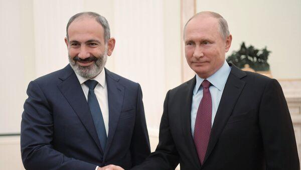 Президент РФ Владимир Путин встретился с премьер-министром Армении Николом Пашиняном. Архивное фото