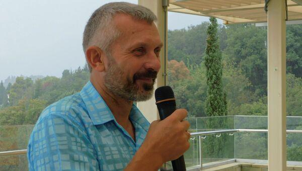 Председатель Российского союза спелеологов Геннадий Самохин в Международном детском центре Артек