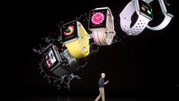 Генеральный директор Apple Тим Кук выступает во время презентации Apple в Купертино, Калифорния. 12 сентября 2018 года