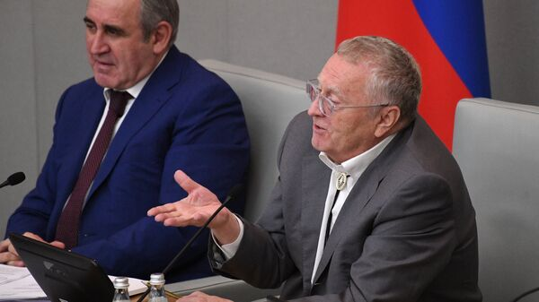 """Неверов назвал Жириновского, Зюганова и Миронова """"уходящими"""" политиками"""
