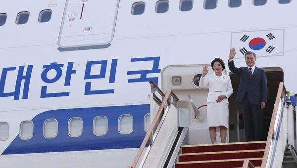 Президент Южной Кореи Мун Чжэ Ин прибыл в КНДР на встречу с северокорейским лидером Ким Чен Ыном